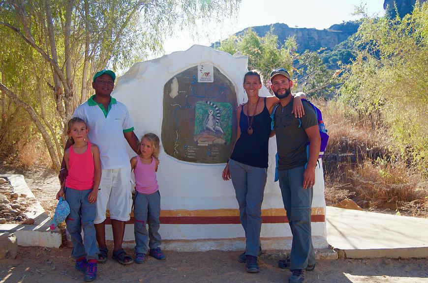 Photo avec notre guide Héri à l'Isalo National Park